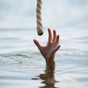 21928153 - saving a drowning man